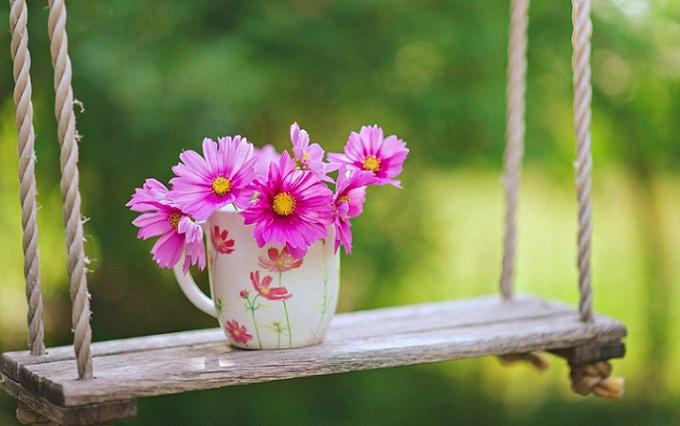 زندگی زیباست چشمی باز کن